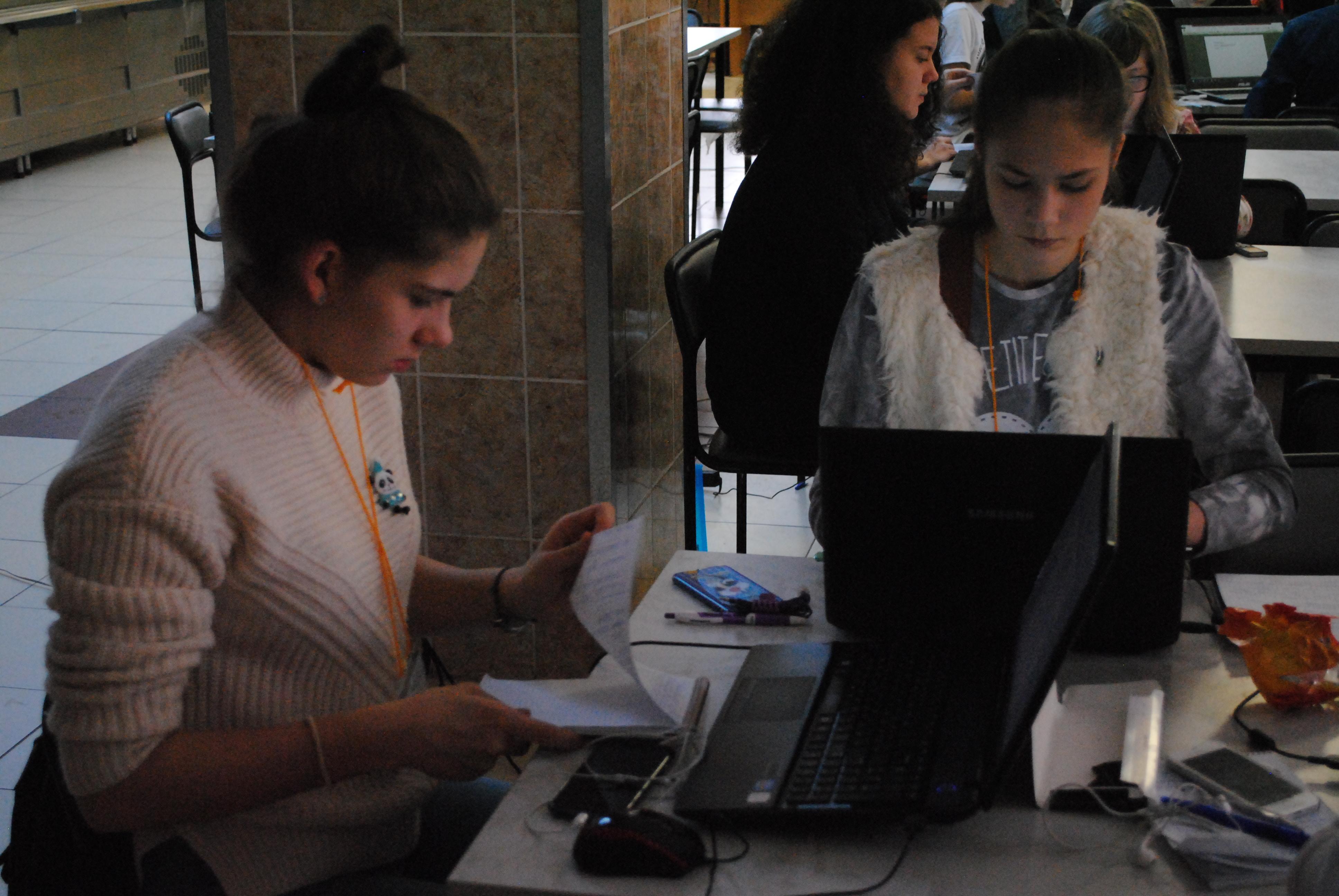 Определены призеры дистанционной олимпиады по журналистике