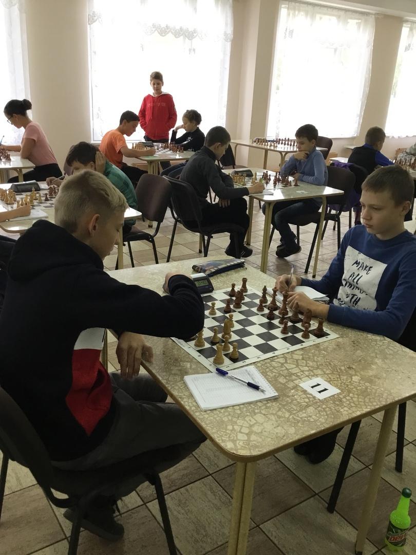 Областной турнир по шахматам «Приз Центра Ладога», 1 этап (Мальчики, девочки до 13 лет).