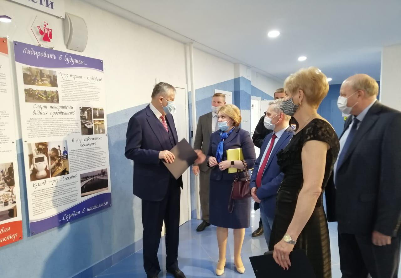 Губернатор Ленобласти Александр Дрозденко посетил ГБУ ДО «Центр «Ладога»