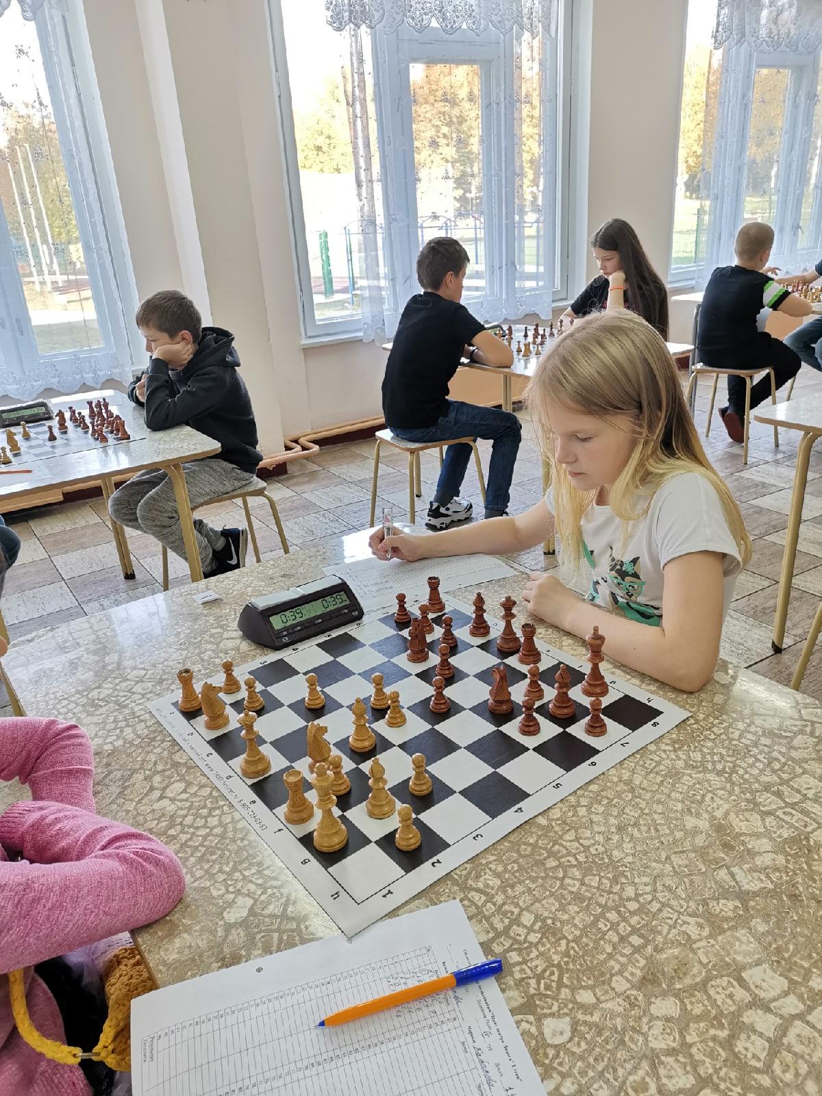 Областной турнир по шахматам «Приз «Центра «Ладога» среди школьников. 1 этап. (Мальчики, девочки до 13 лет)