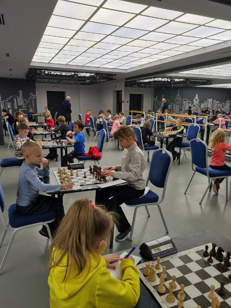 Второй этап турнира по шахматам на призы «Центра «Ладога» среди школьников.