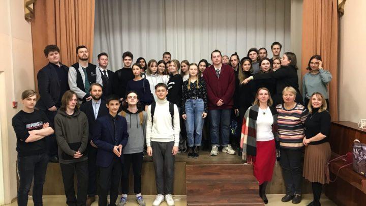 Выездные районные обучающие семинары по дебатам для обучающихся образовательных организаций Ленинградской области