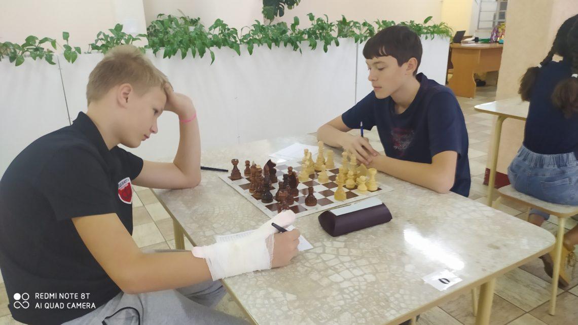 Областной турнир по шахматам «Приз «Центра «Ладога». (1 этап) Мальчики, девочки до 13 лет